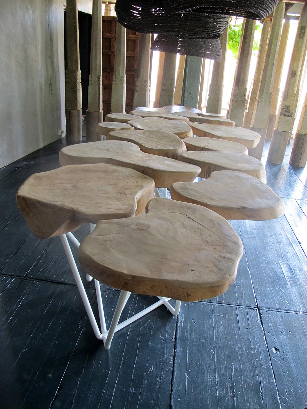 ISLANDS table ,top made with mango wood from Kenya and iron structure 360x110x 78 cm h.