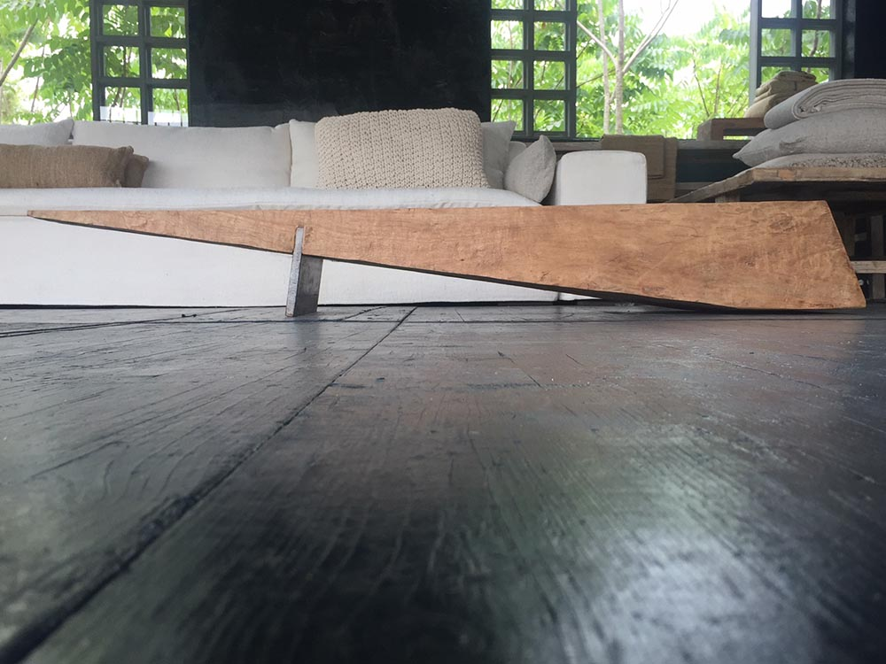 AIR coffe table hand made with mango wood from Kenya and iron 188x46x25 cm h